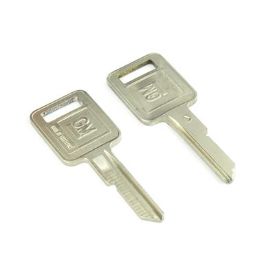 Original classic car key kpa091