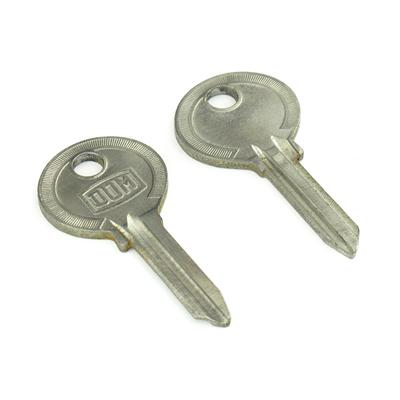 Original classic car key kpa105